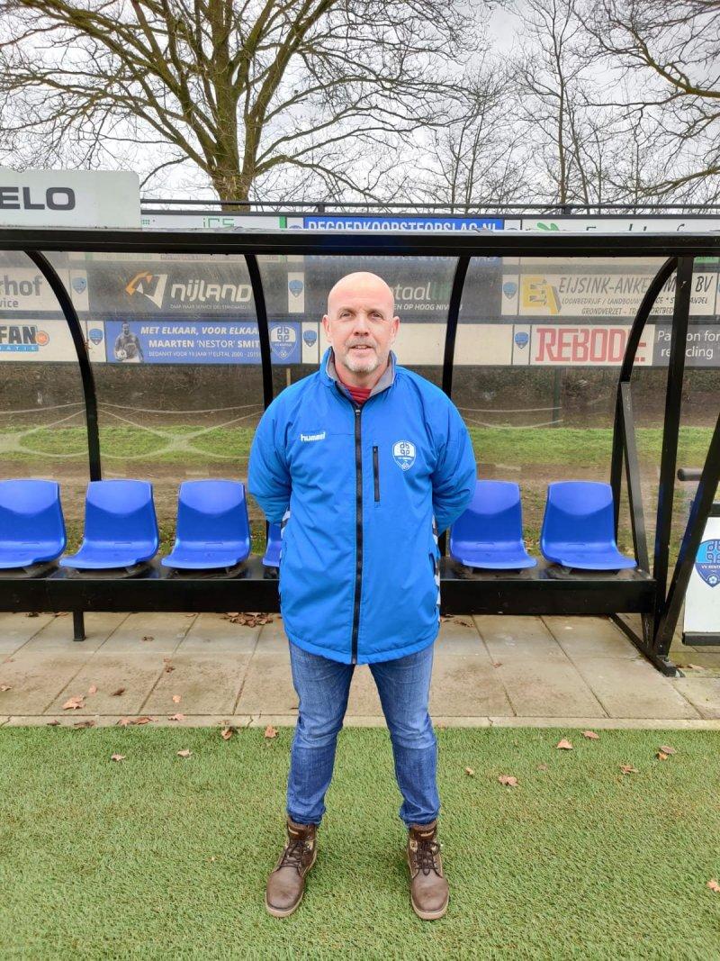 Frank Surink volgend seizoen trainer JO19-1